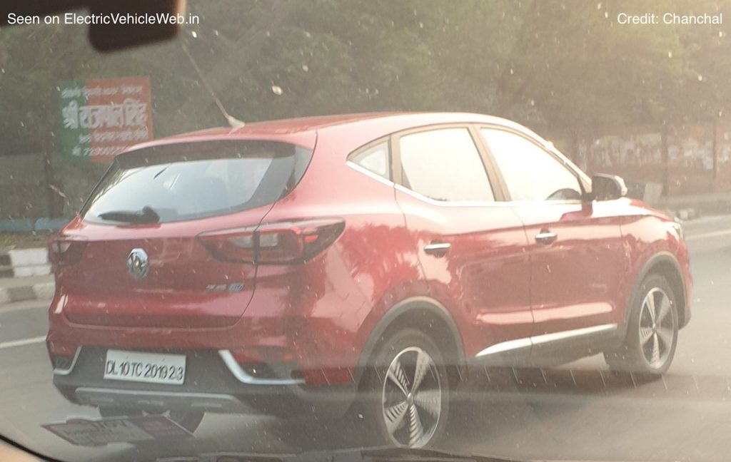 MG eZS red electric car for India spotted in Delhi