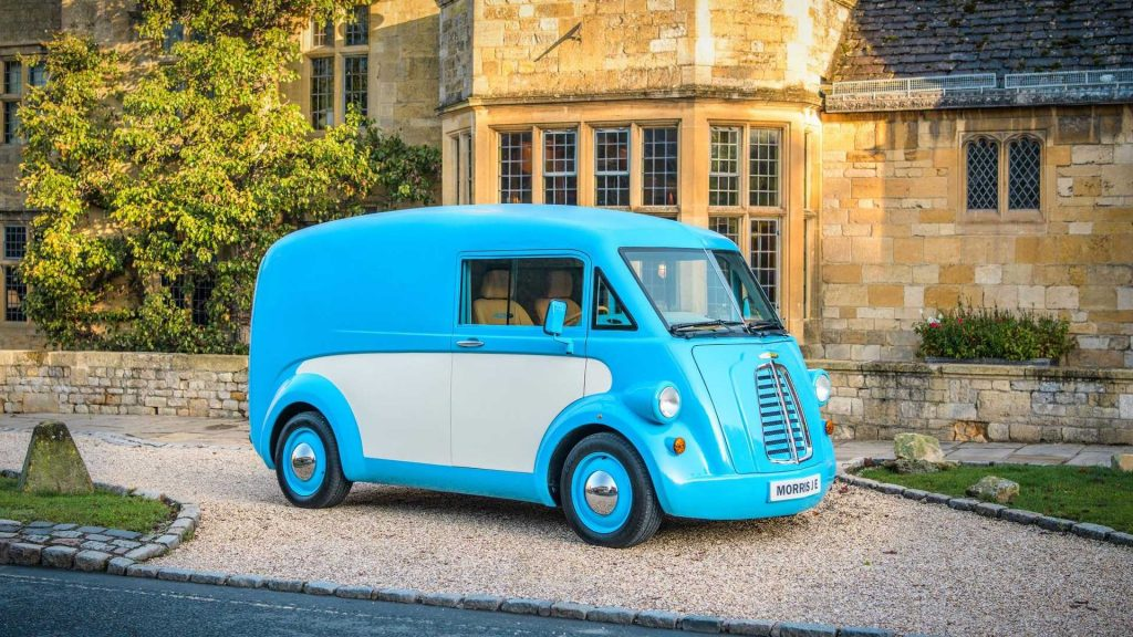 Morris JE electric van side from Morris Commercial