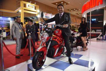 Okinawa Oki100 electric motorcycle launch pushed to Diwali