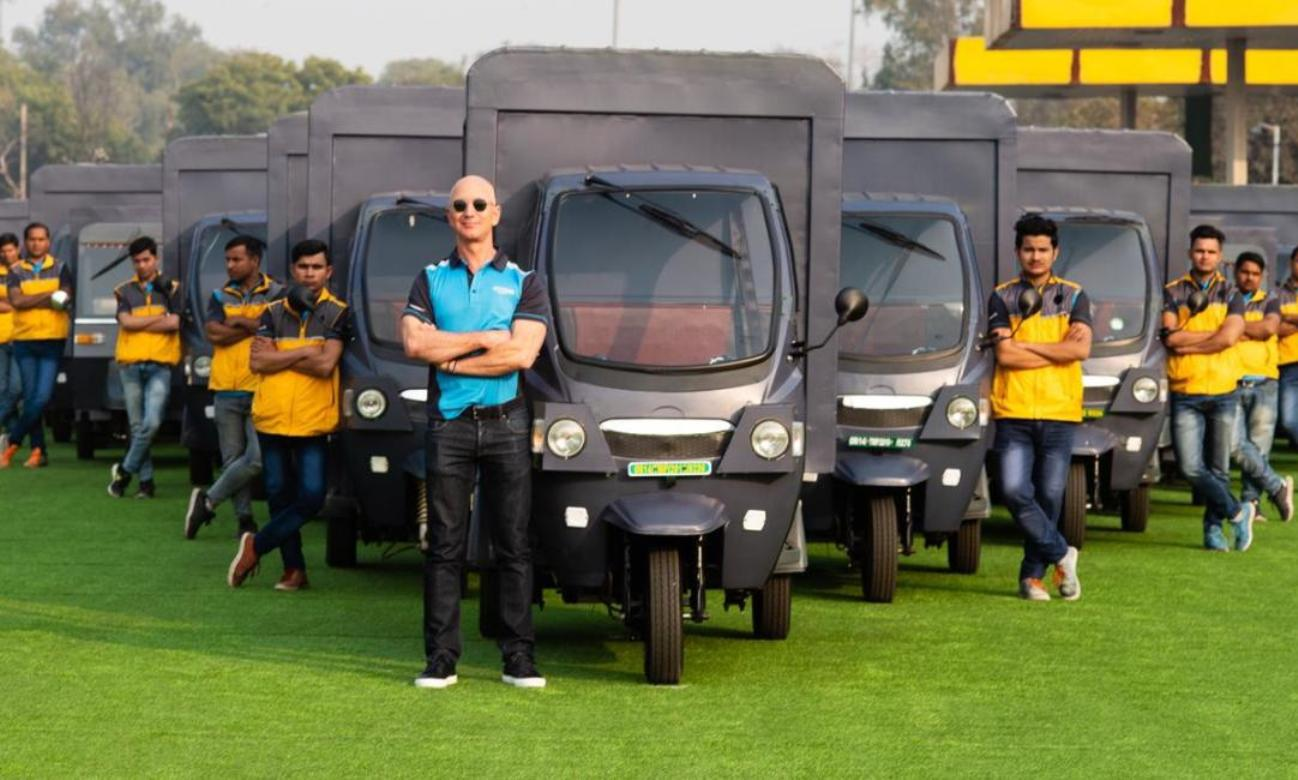 Jeff Bezos Amazon India e-autorickshaw