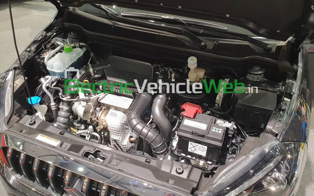 Suzuki S-Cross 48V Hybrid SHVS engine bay