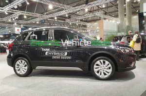 Suzuki S-Cross 48V Hybrid side