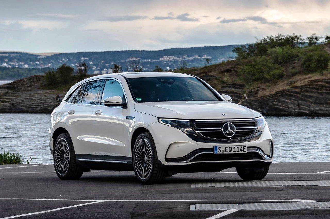 Mercedes-Benz EQC front three quarter view