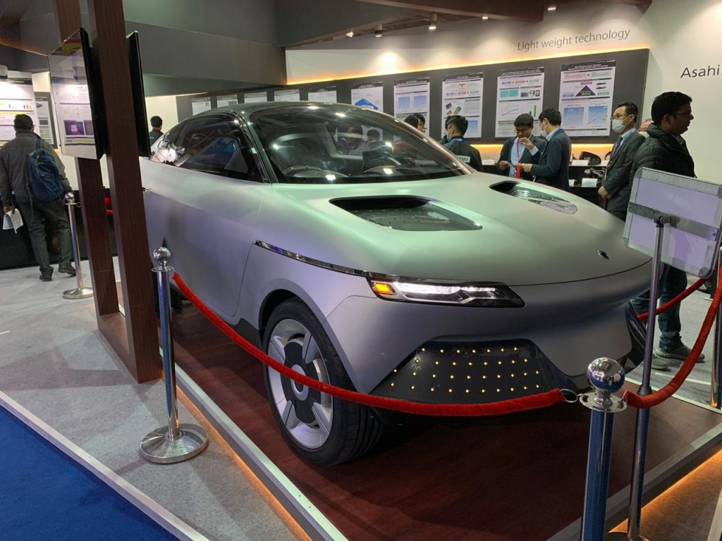 Asahi AKXY Concept front three quarter view - Auto Expo Component 2020