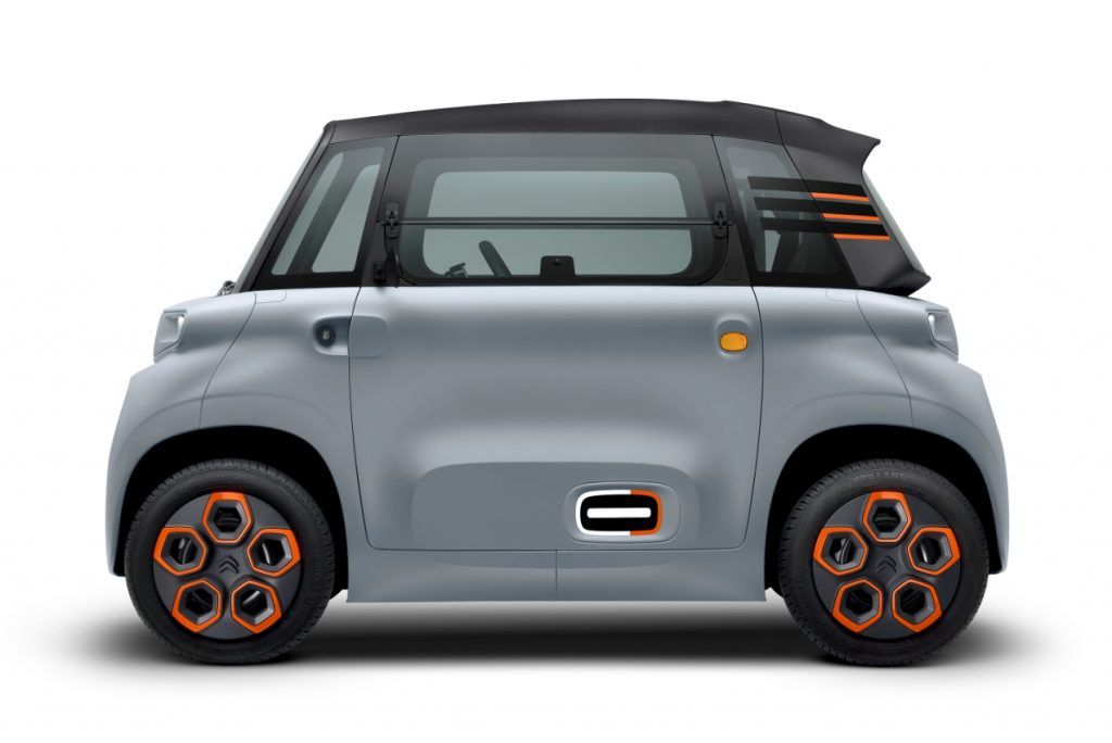 Citroen-Ami-electric-quadricycle-side-view-2