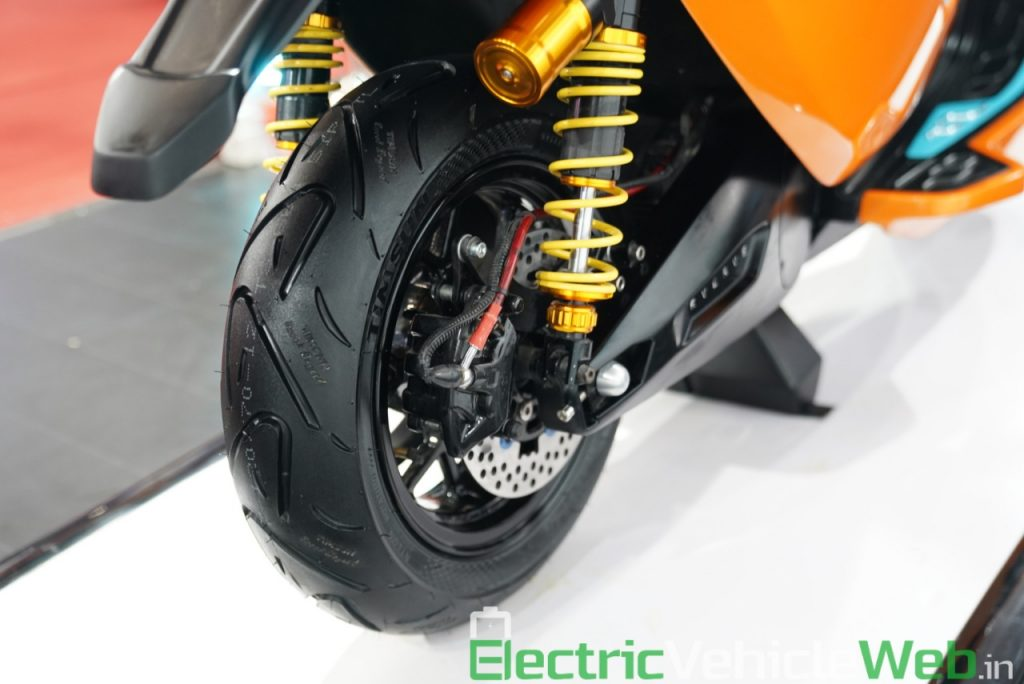 Everve Motors Electric Scooter rear wheel - Auto Expo 2020 Live