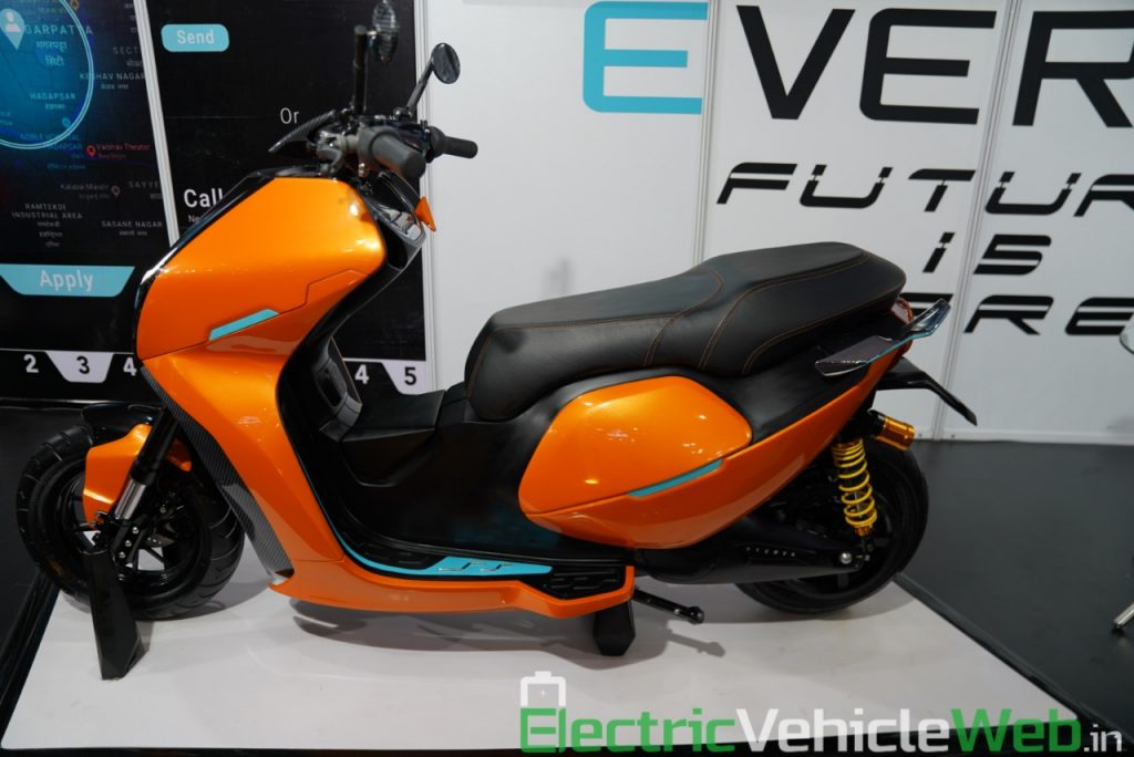 Everve Motors Electric Scooter side view - Auto Expo 2020 Live