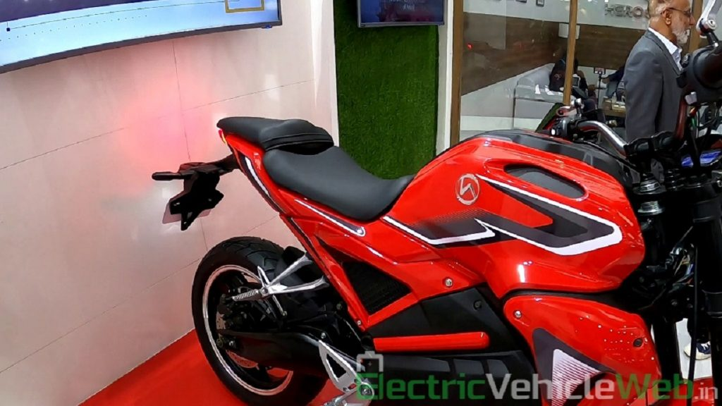 Hero Electric AE-47 split seats - Auto Expo 2020