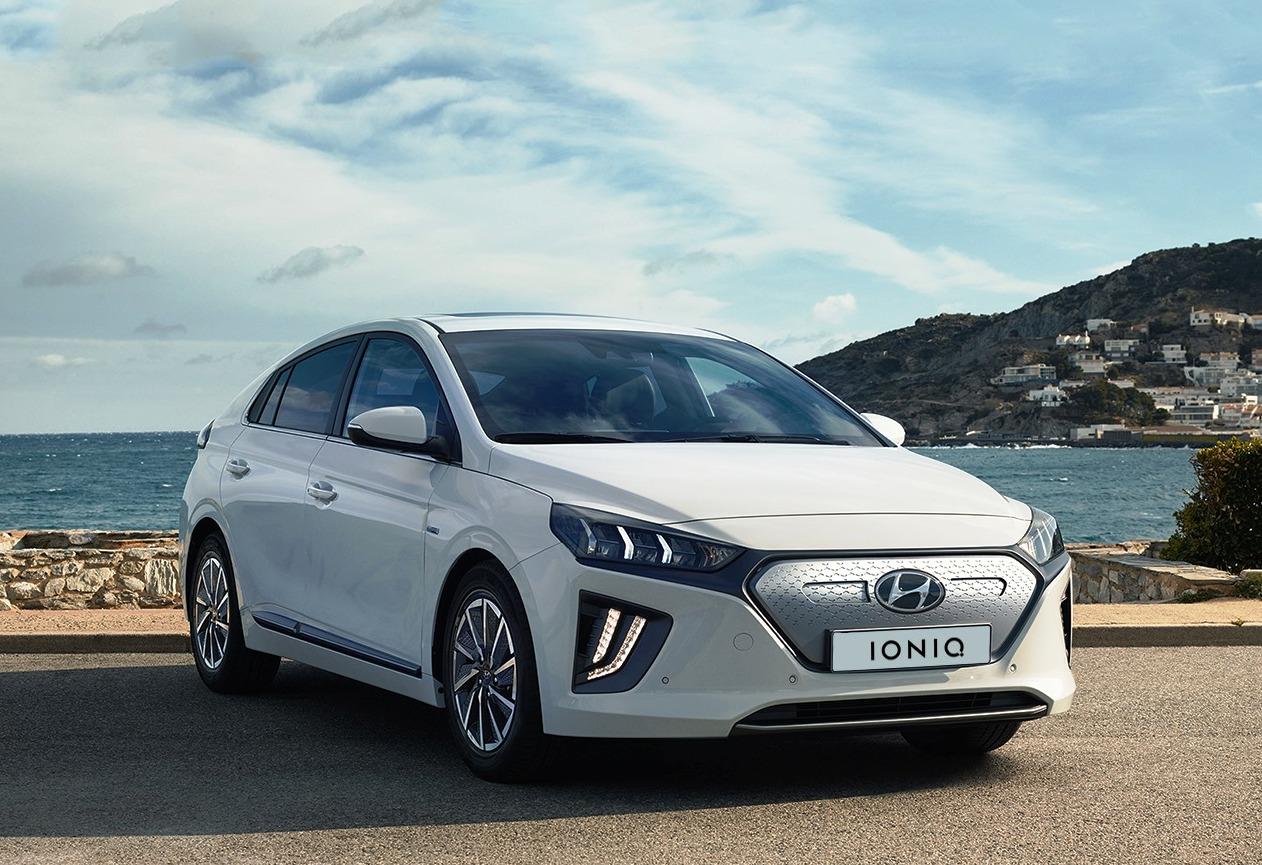 Hyundai Ioniq front three quarter view