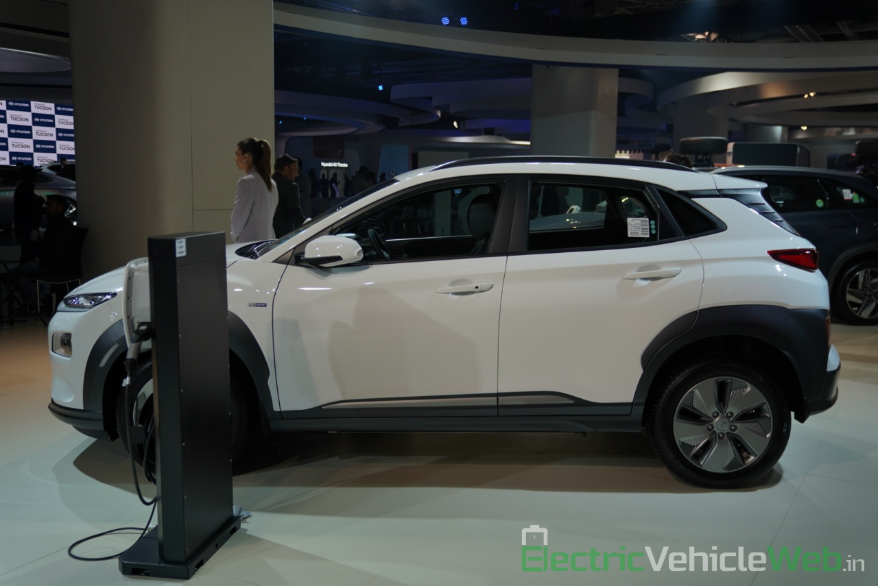 Hyundai Kona Electric side view - Auto Expo 2020