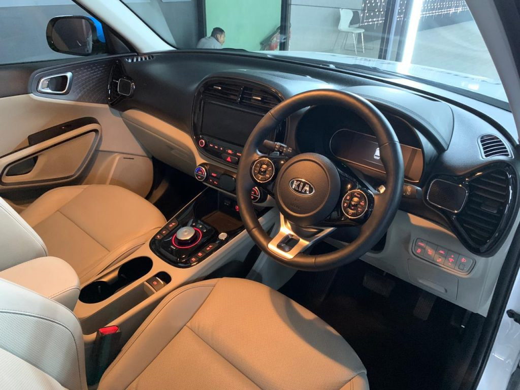 Kia Soul EV Auto Expo 2020 dashboard