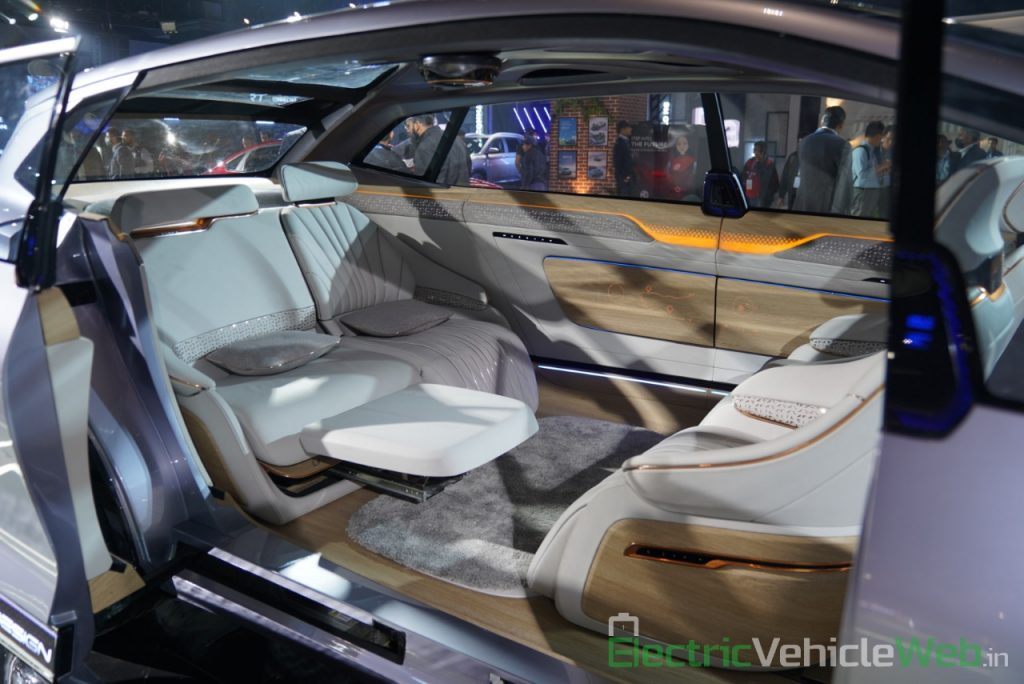 MG Vision-i (Roewe Vision i) Concept interior front and rear seats - Auto Expo 2020