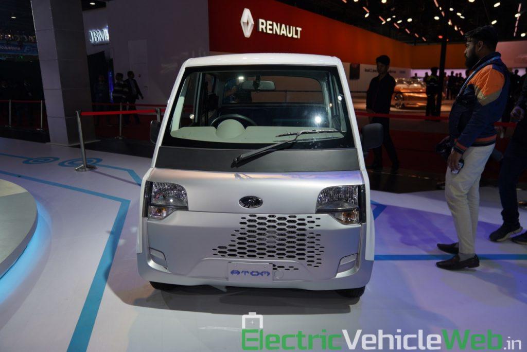 Mahindra Atom front view - Auto Expo 2020