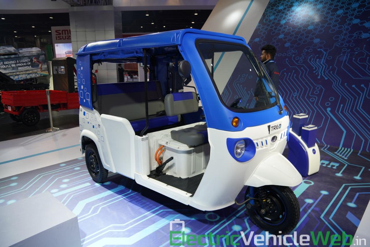 Mahindra Treo front three quarter view 2 - Auto Expo 2020