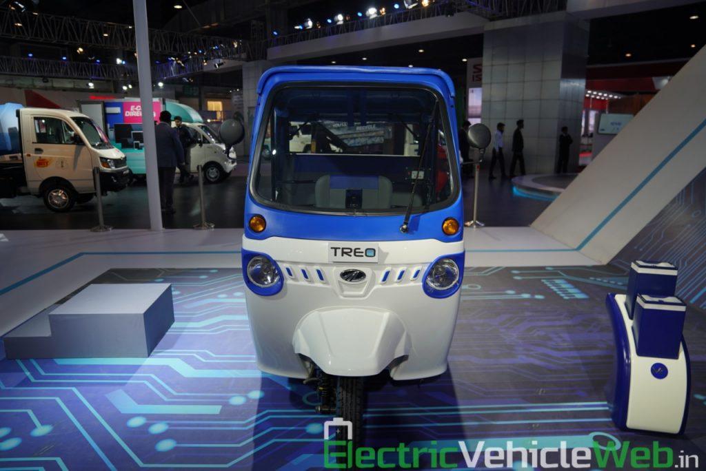 Mahindra Treo front view - Auto Expo 2020