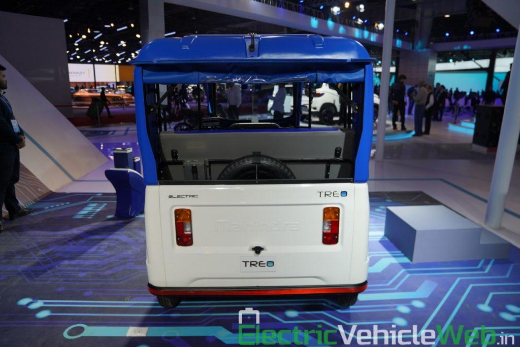 Mahindra Treo rear view - Auto Expo 2020