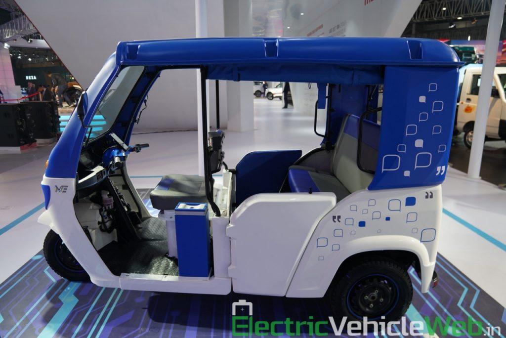 Mahindra Treo side view - Auto Expo 2020