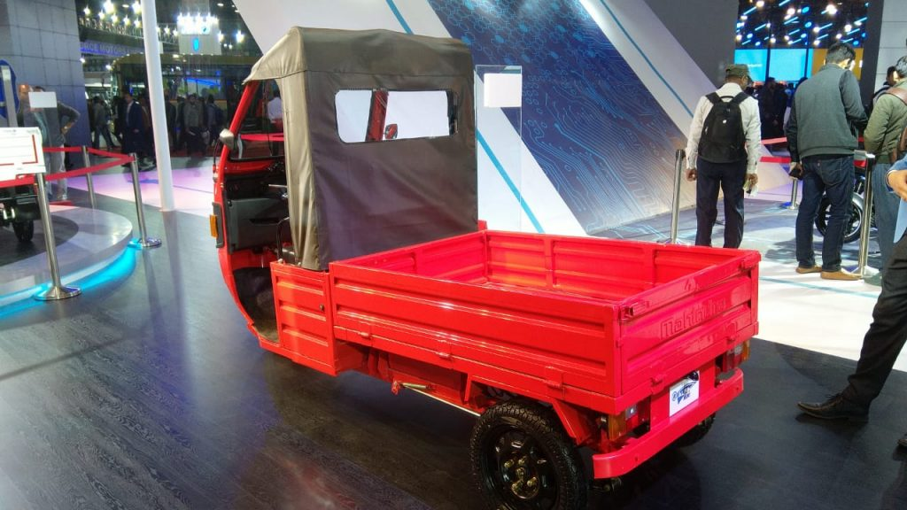 Mahindra e-ALFA mini rear three quarter view - Auto Expo 2020