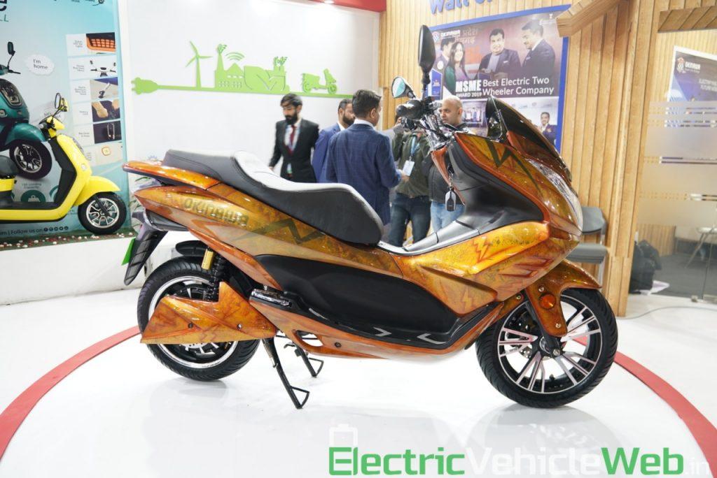 Okinawa Cruiser side view 1 - Auto Expo 2020 Live
