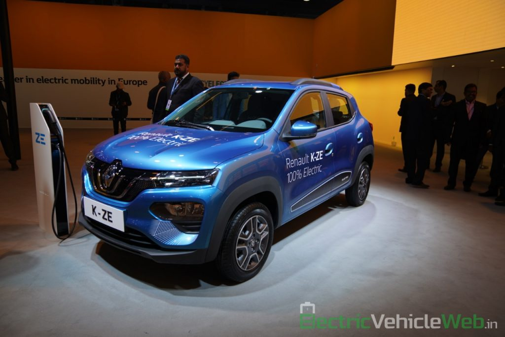 Renault Kwid electric (K-ZE) front three quarter view - Auto Expo 2020