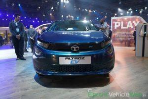 Tata Altroz EV front view - Auto Expo 2020