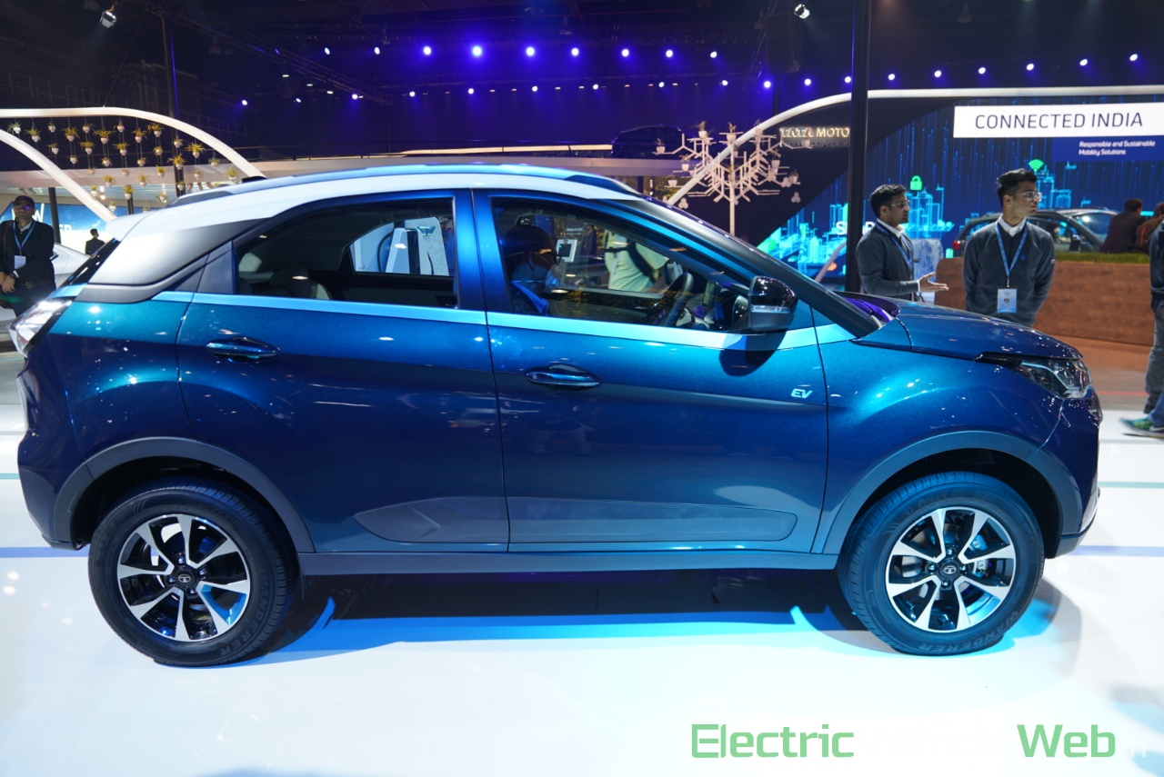 Tata Nexon EV side view 1 - Auto Expo 2020