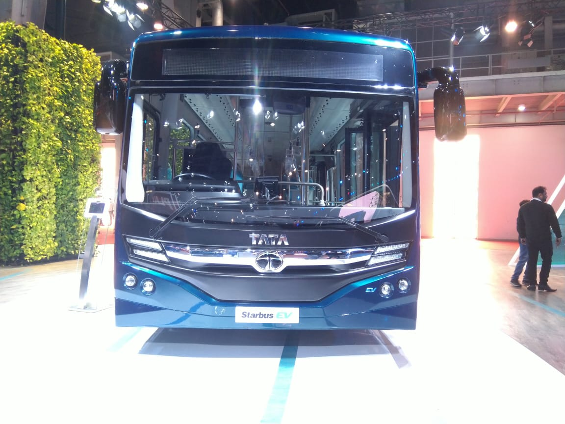 Tata Starbus EV Low Entry Electric Bus front view 1 - Auto Expo 2020