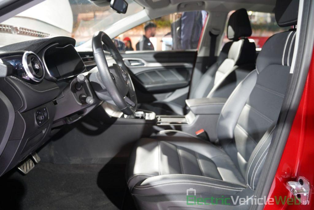 eMG 6 PHEV front seats - Auto expo 2020