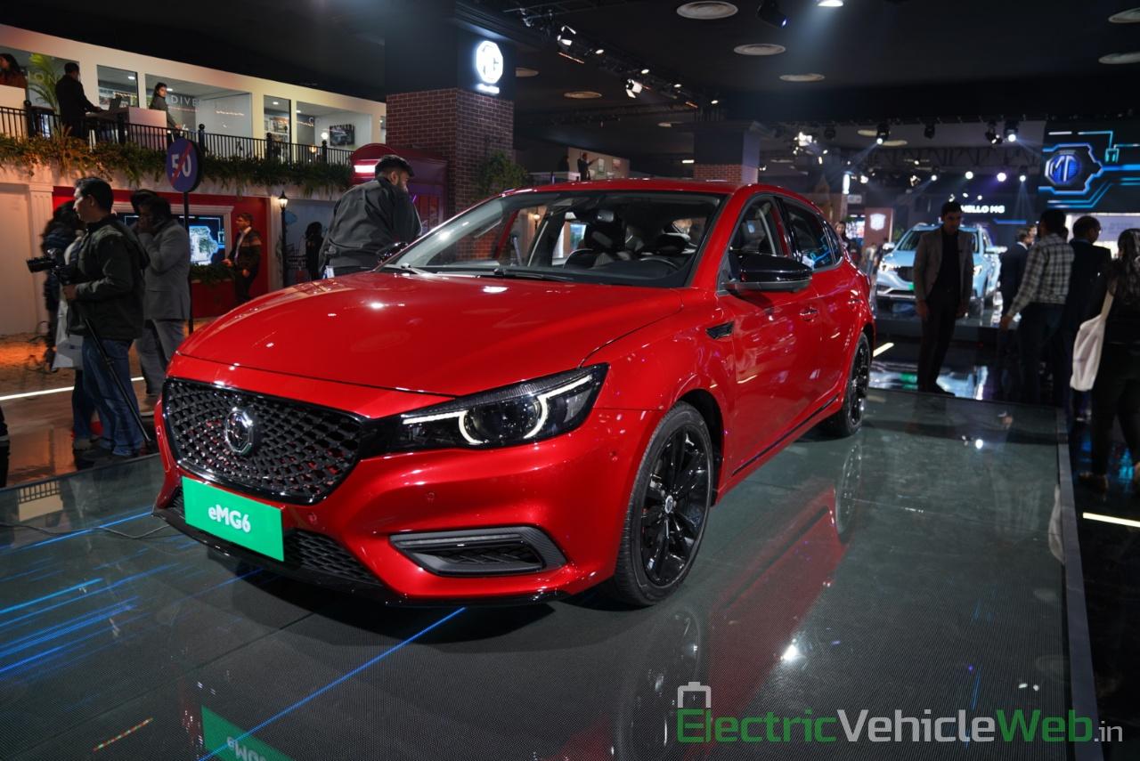 eMG 6 PHEV rear view 2 - Auto expo 2020