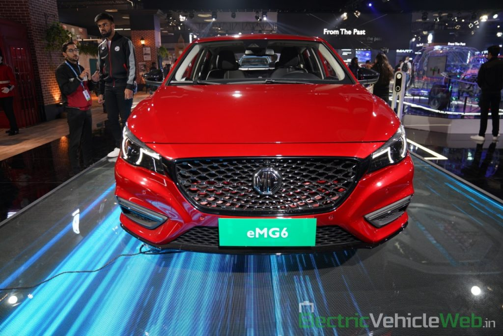 eMG 6 PHEV front view - Auto expo 2020