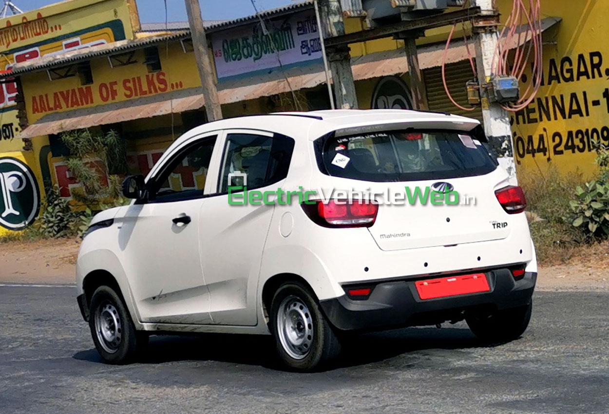 Mahindra KUV100 Trip CNG spied testing 01
