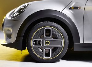 Corona Spoke wheel of the Mini Cooper SE Electric car
