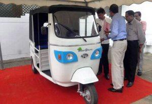 KAL E-Neem electric autorickshaw front view