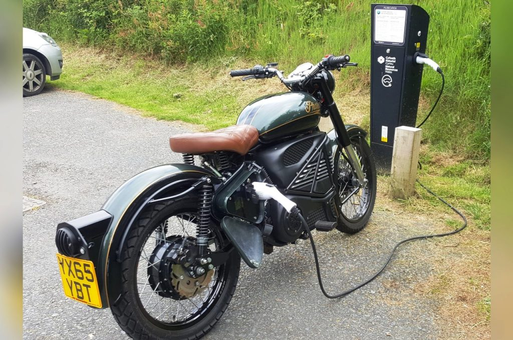Royal Enfield Bullet Photon Electric charging