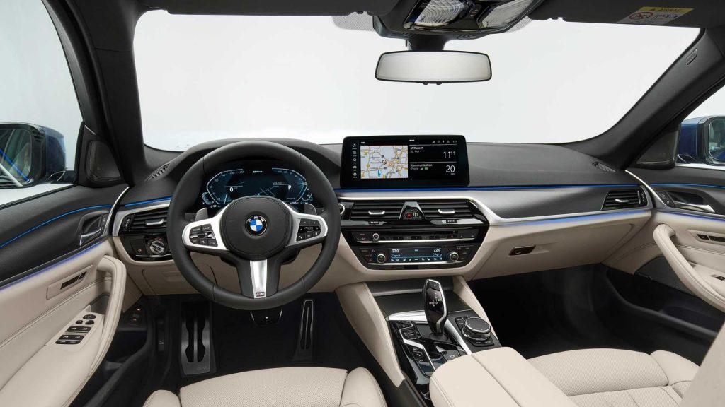 2021 BMW 5 Series Hybrid interior