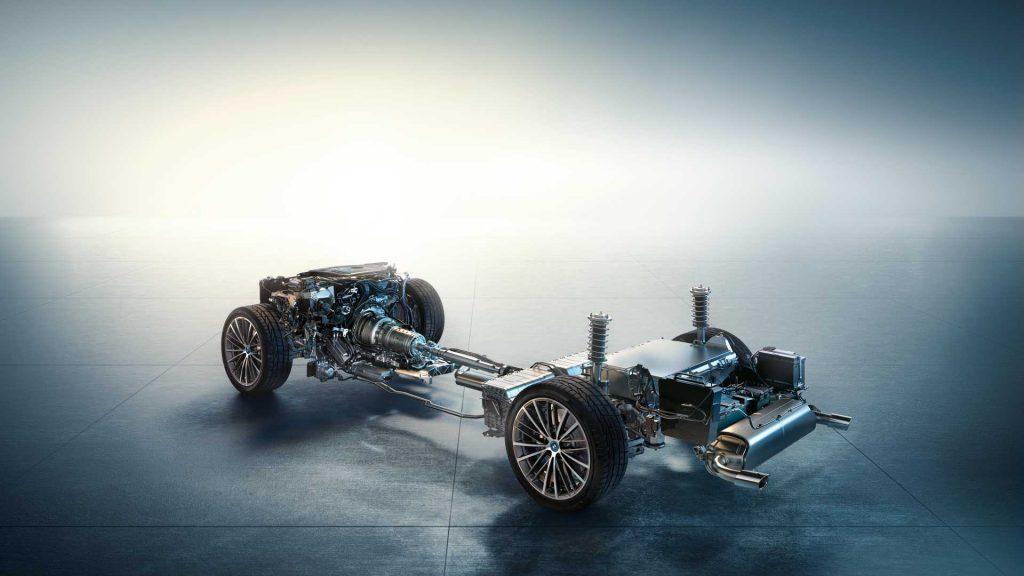 2021 BMW 5 Series Hybrid powertrain