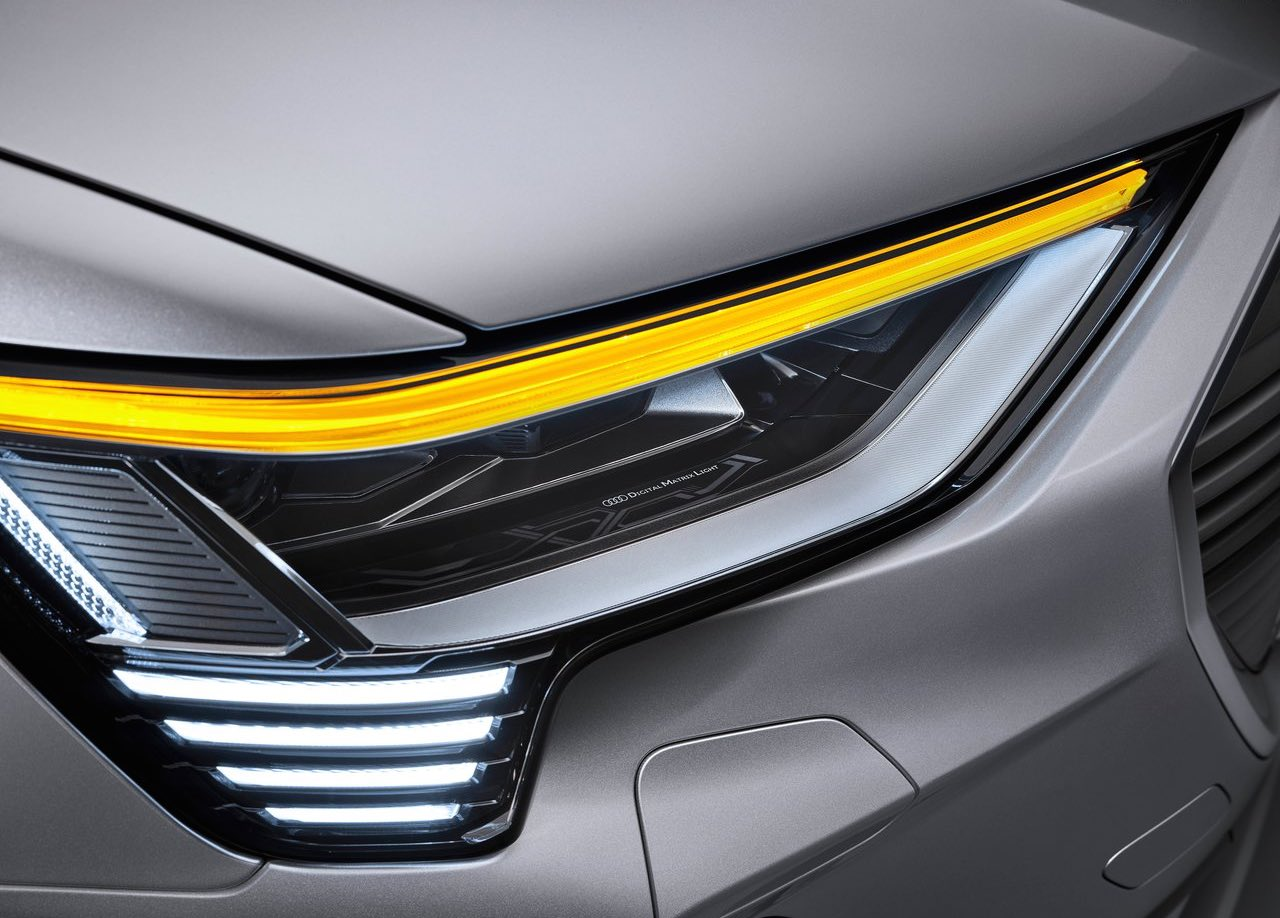 Audi etron Sportback headlamp image