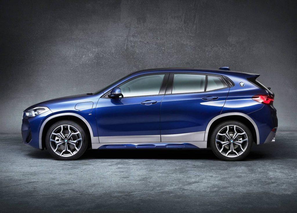 BMW X2 xDrive25e side view (1)