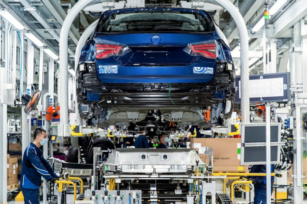 BMW X3 electric car production rear China