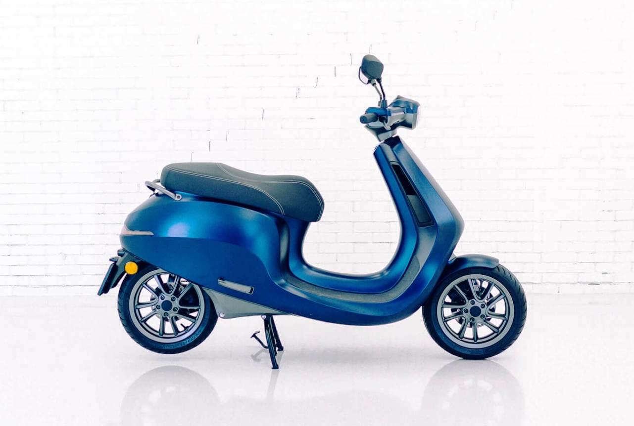 Etergo AppScooter-blue matte side