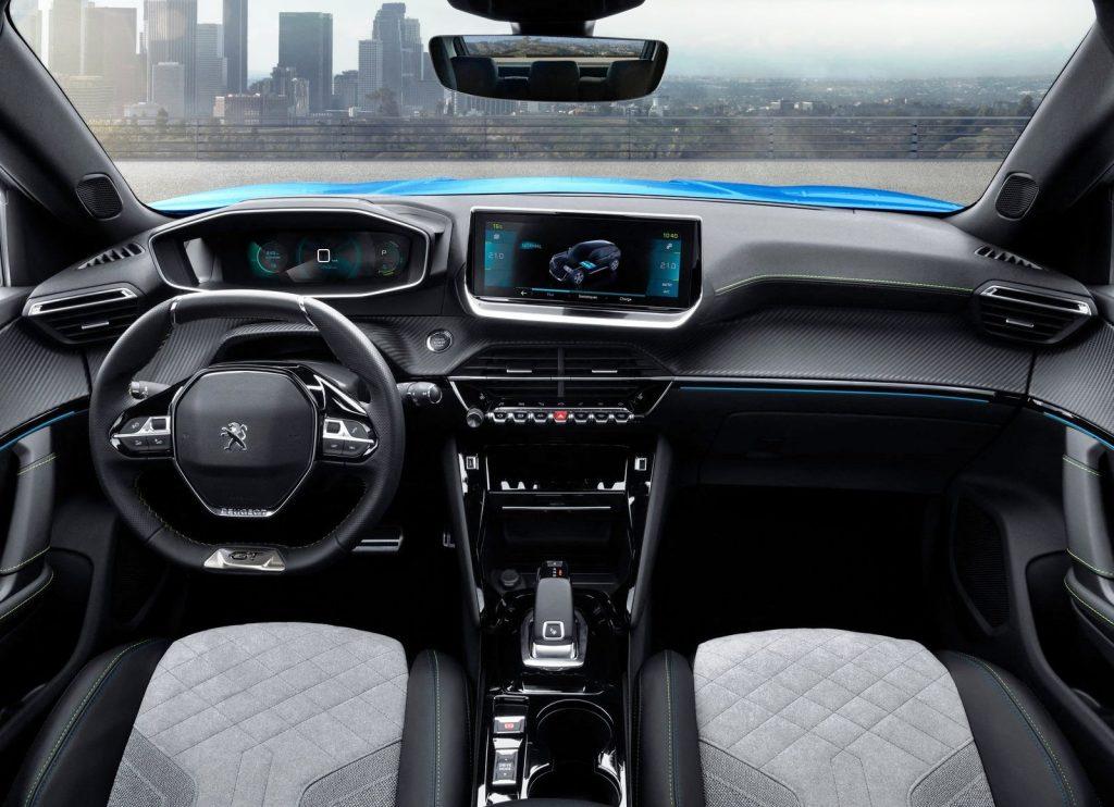 Peugeot e-2008 dashboard