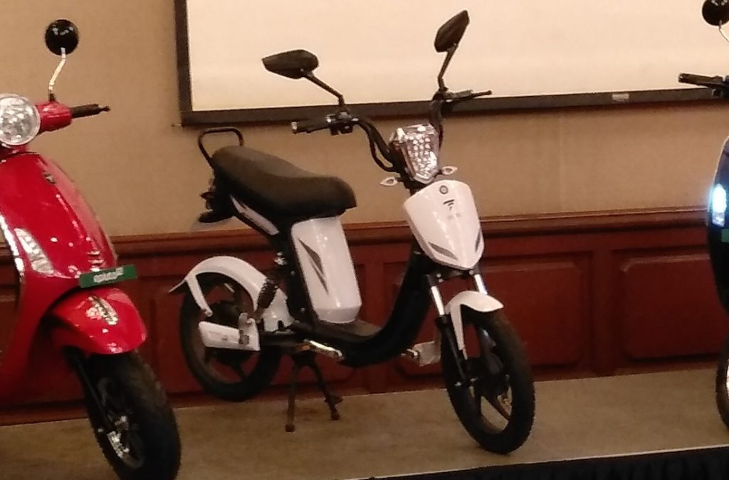 PureEV e-trance electric vehicle