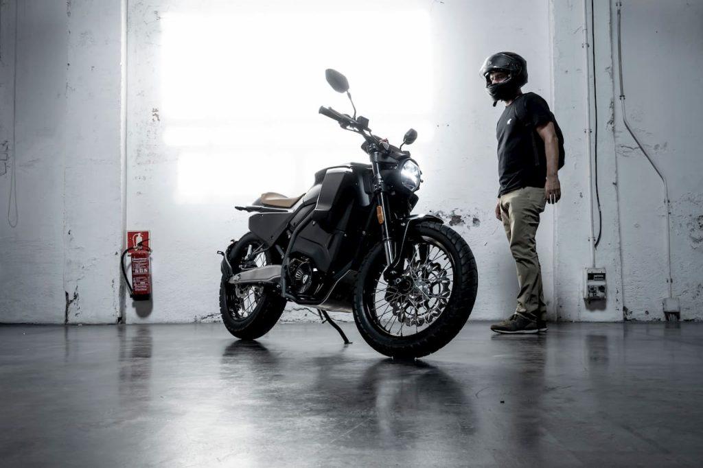 Pursang electric motorcycle charging