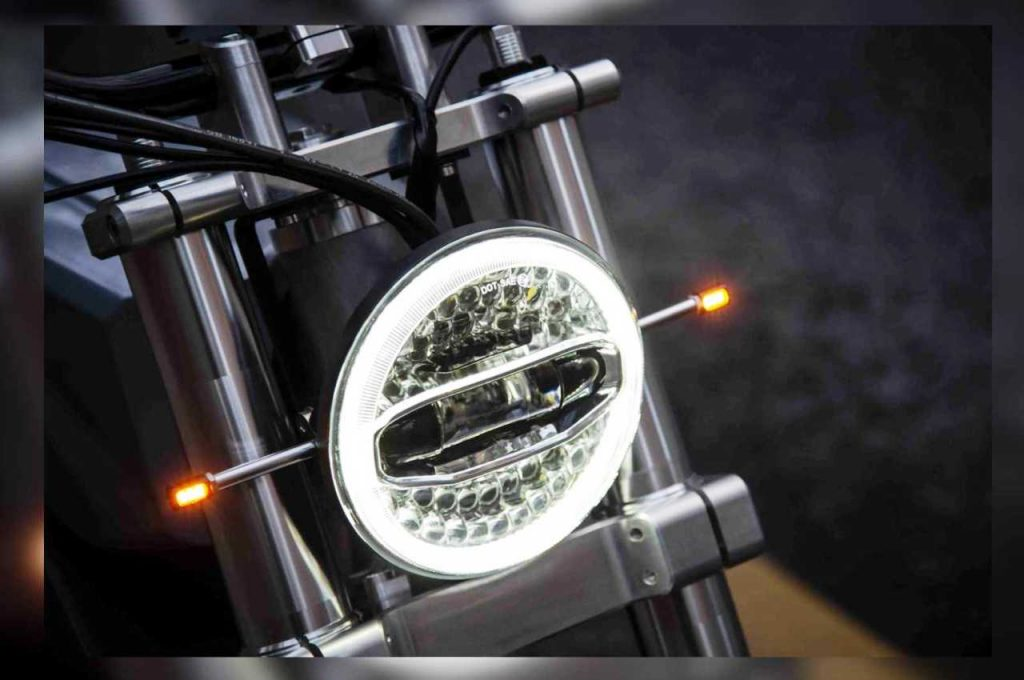Switch eScrambler headlamp