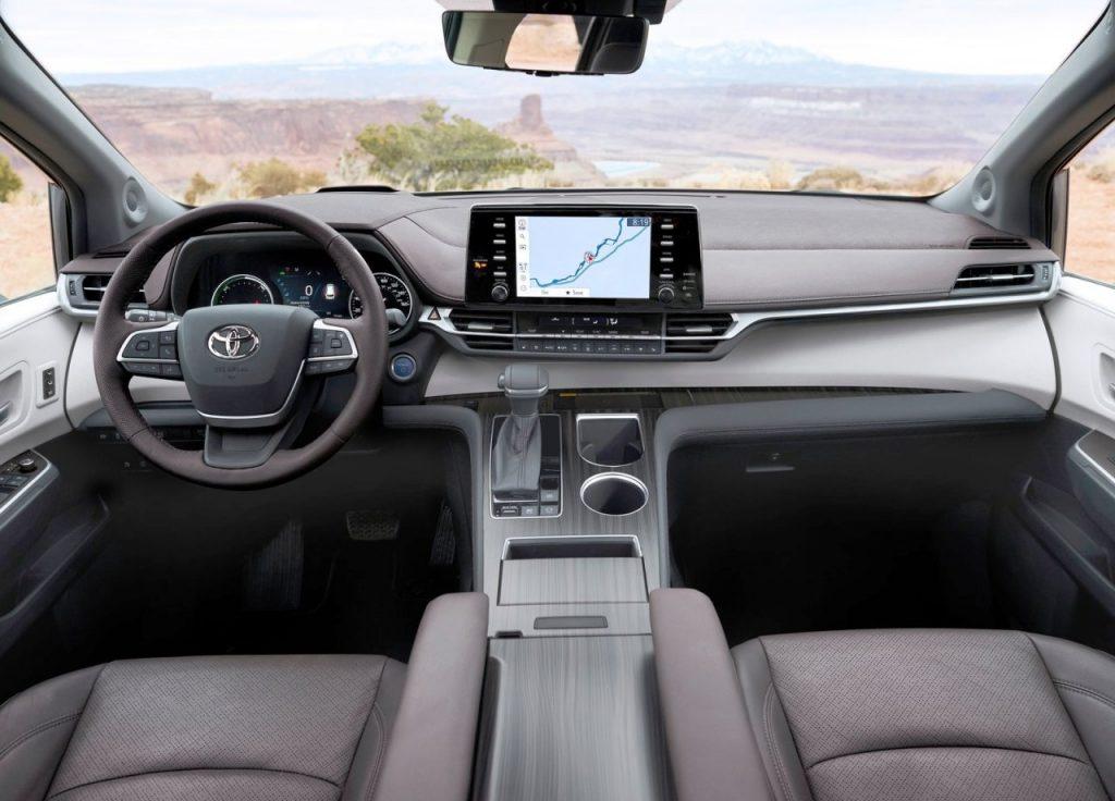 Toyota Sienna dashboard