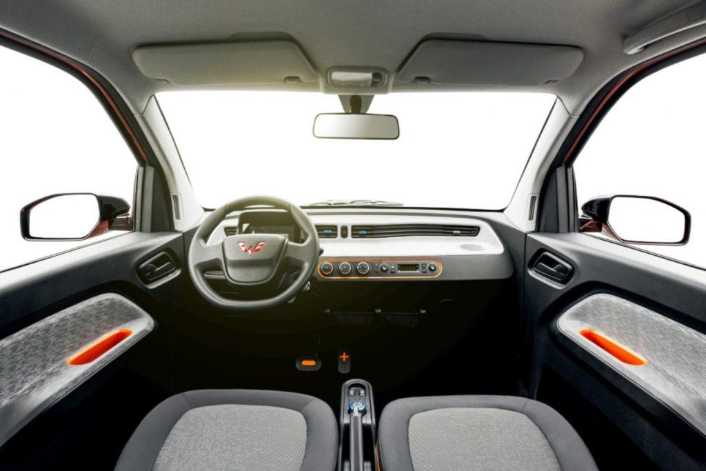 Wuling Mini EV dashboard