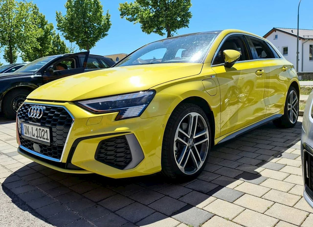 first live shots of the plugin hybrid 2021 audi a3