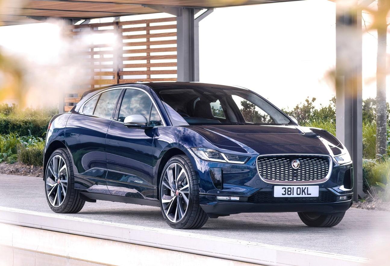 2021 Jaguar I-PACE front quarter view