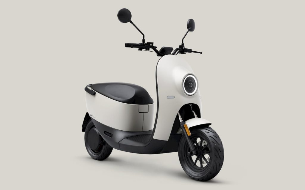 Unu Scooter front