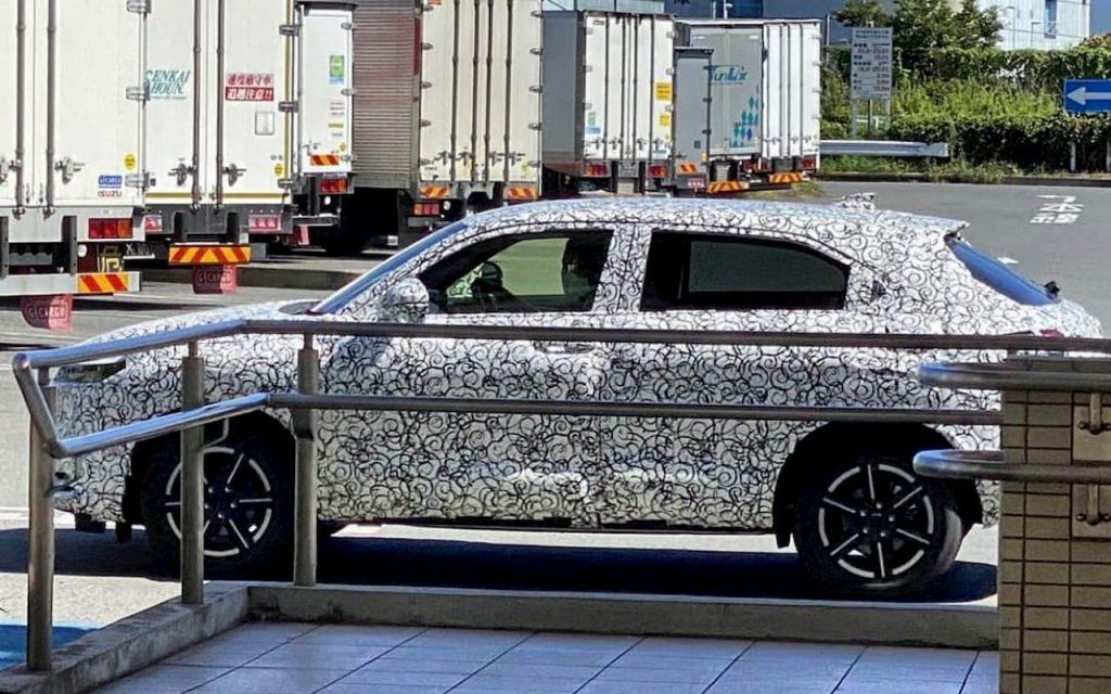 2021 Honda HRV Vezel side profile spy shot